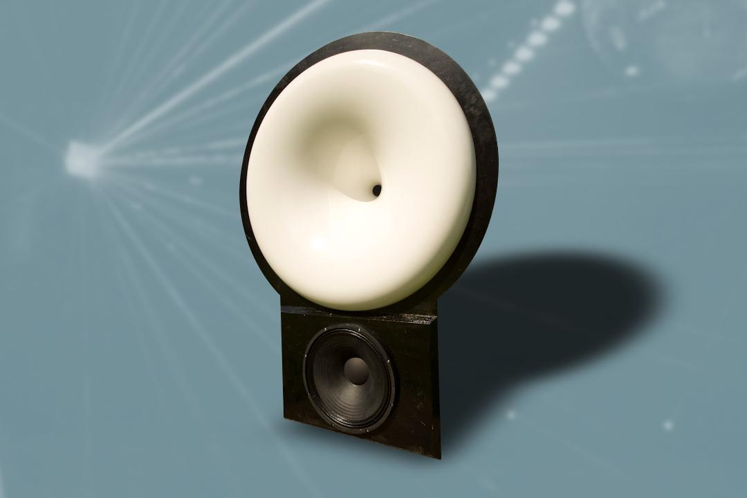 UFO 1 Audiophiler PA-Lautsprecher mit 90cm Kugelwellenhorn von Audaphon